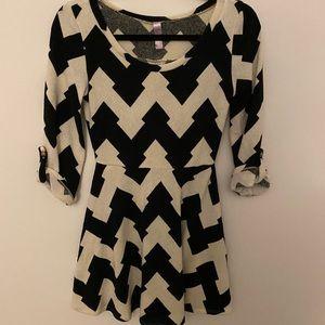 Black and white Chevron print mini dress